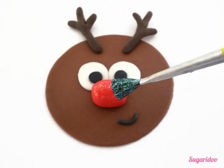 Rudolph_cupcake_howto (1)_blog