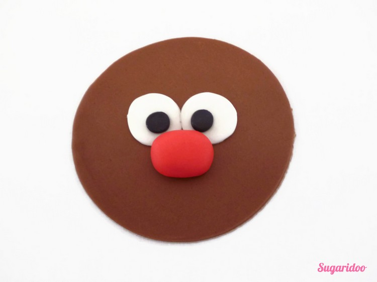 Rudolph_cupcake_howto (5)_blog