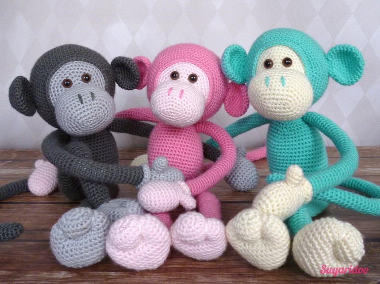 Mike the monkey // Crocheted wit Stylecraft special DK, click to learn everything about different types of yarn for amigurumi
