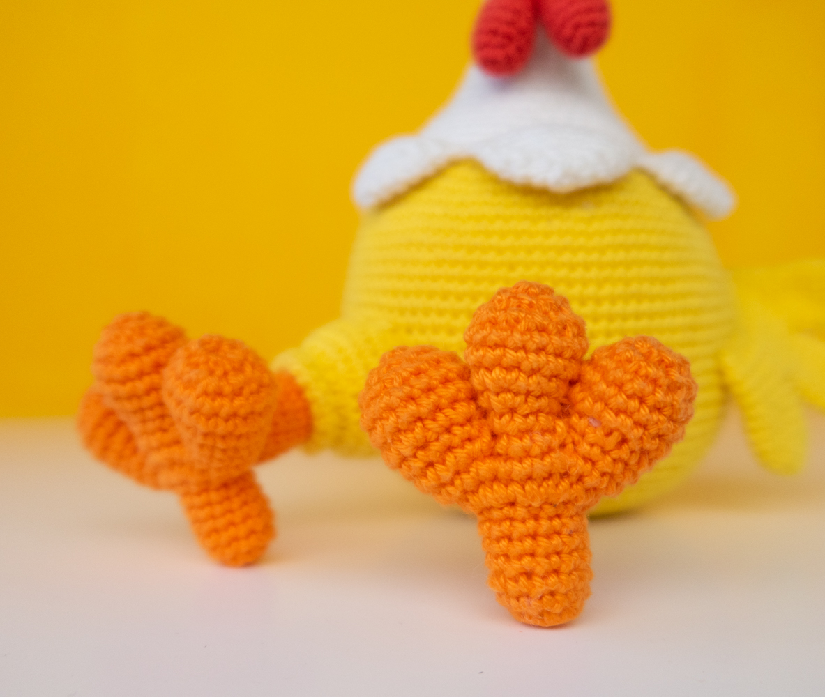 Polly the Chicken crochet pattern